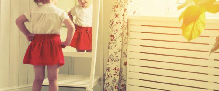 Vêtements de petite fille entre 2 et 4 ans : conseils pour choisir